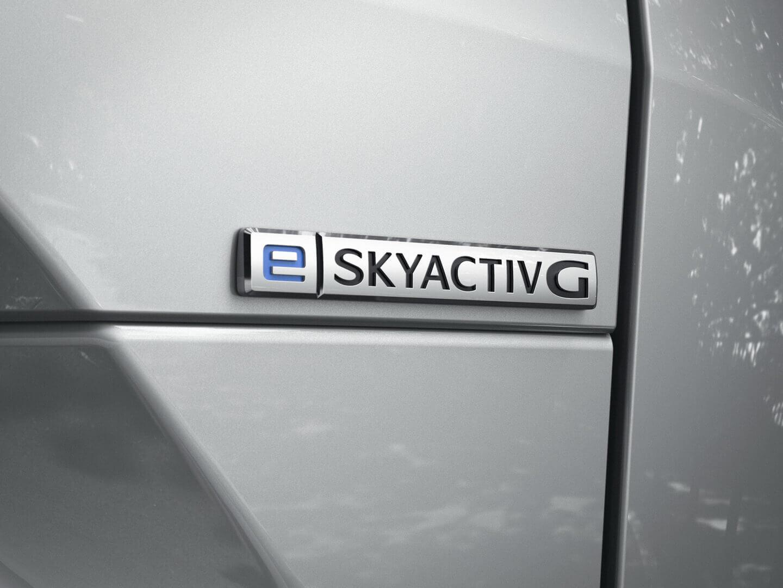 Фотография экоавто Mazda MX-30 «M HYBRID» - фото 2