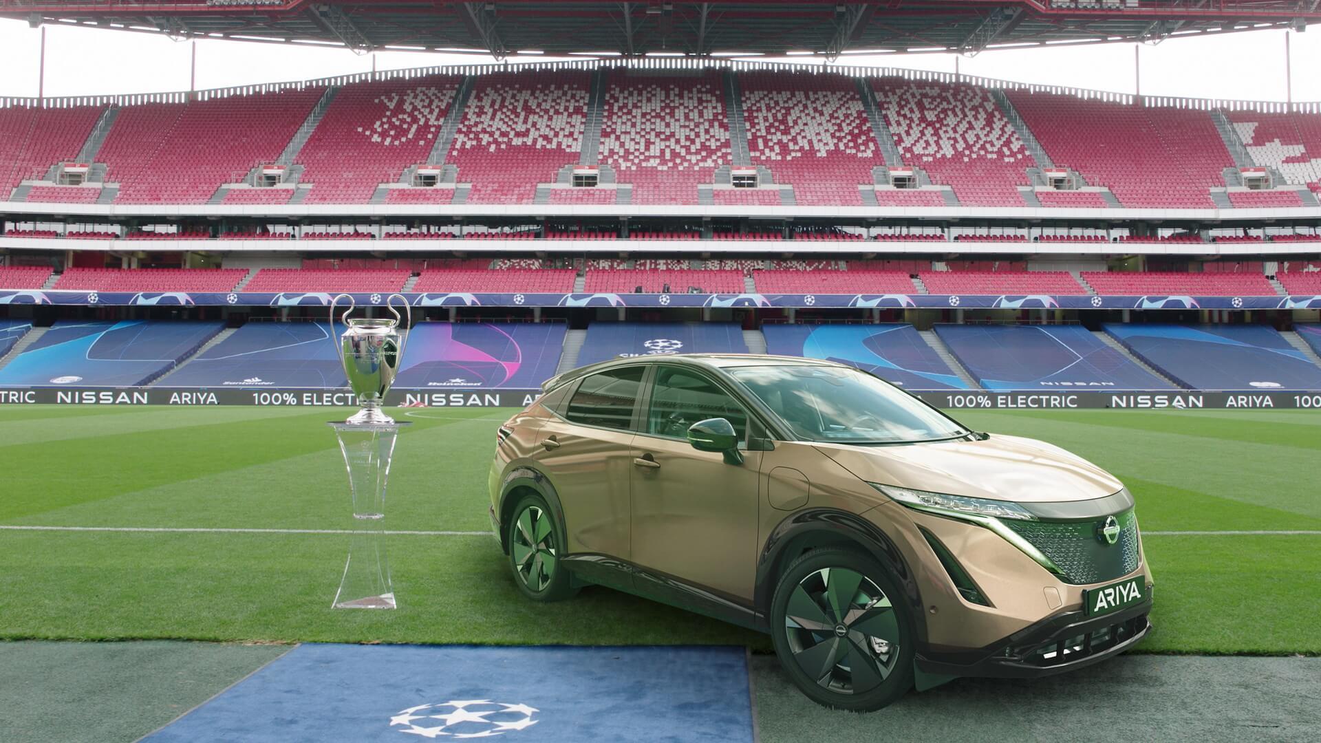 Nissan организует для владельцев LEAF «кинотеатр на колесах» при просмотре финала Лиги чемпионов УЕФА в Португалии