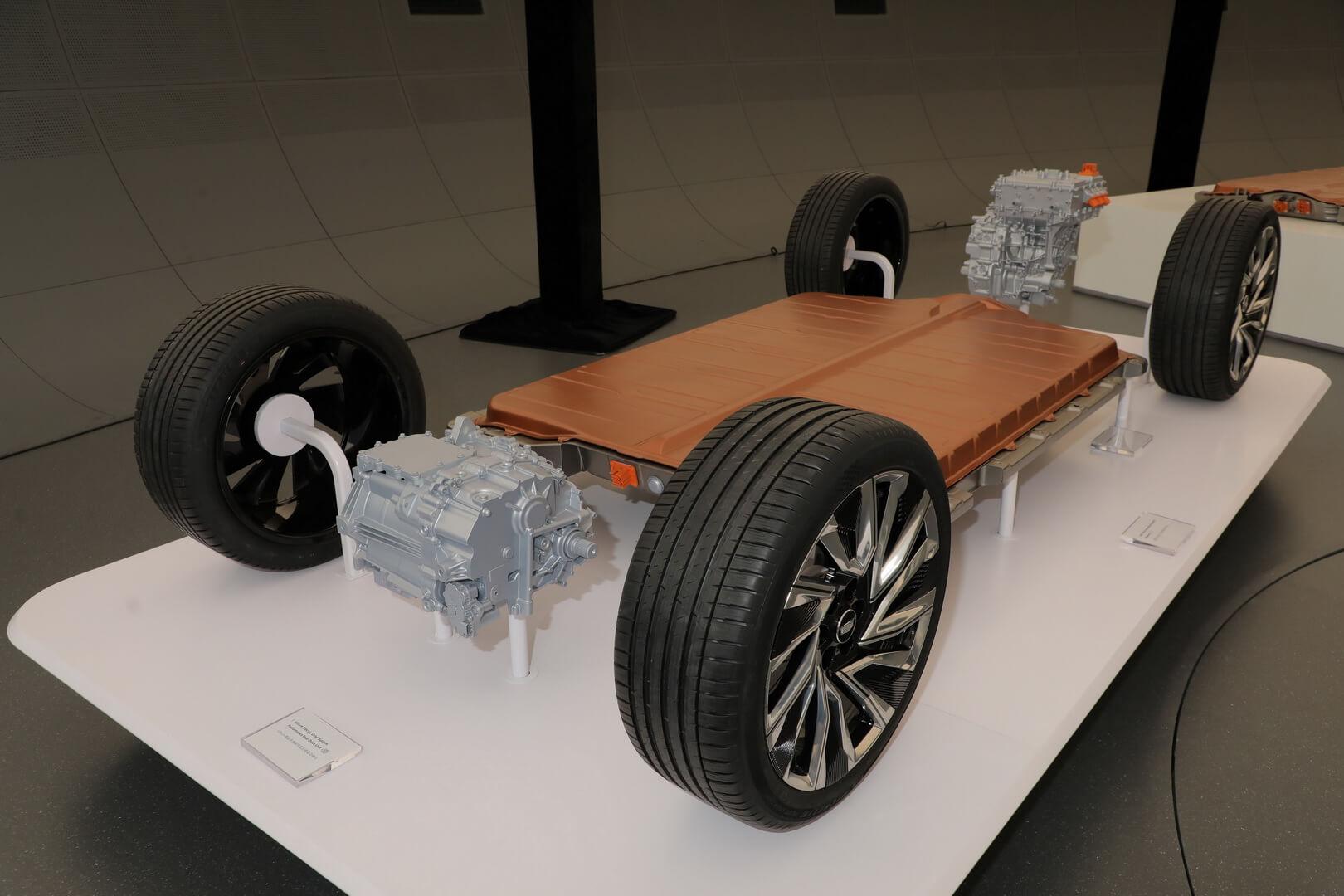 Глобальная платформа электромобилей GM третьего поколения и аккумуляторная система Ultium