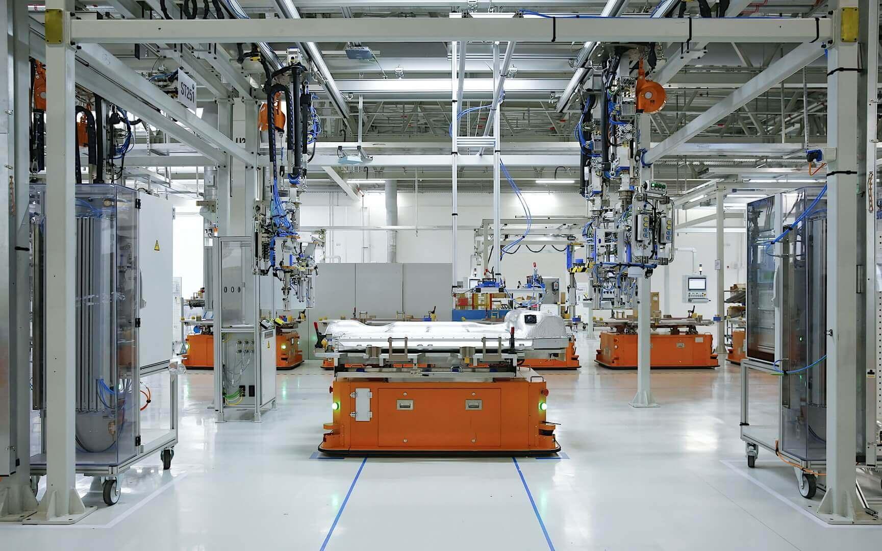 BMW начинает производство аккумуляторов пятого поколения в Китае