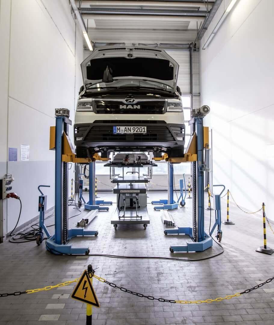 Кконцу 2021 года вобщей сложности 170 точек обслуживания MAN будут оборудованы для работы сэлектромобилями