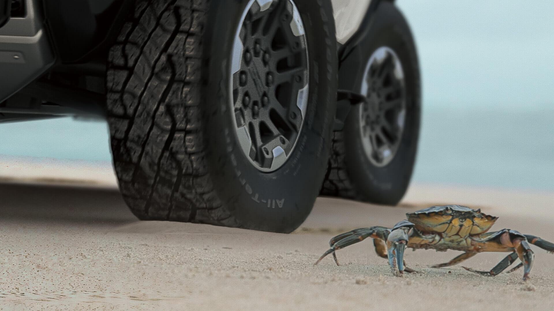 GM официально представила систему рулевого управления GMC Hummer EV «Crab Mode»