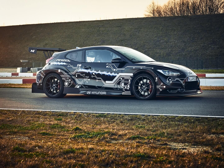 Hyundai представляет электрический спортивный хэтчбек RM20e мощностью 810 л.с.