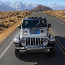 Фотография экоавто Jeep Wrangler 4xe - фото 3