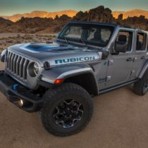 Фотография экоавто Jeep Wrangler 4xe - фото 11