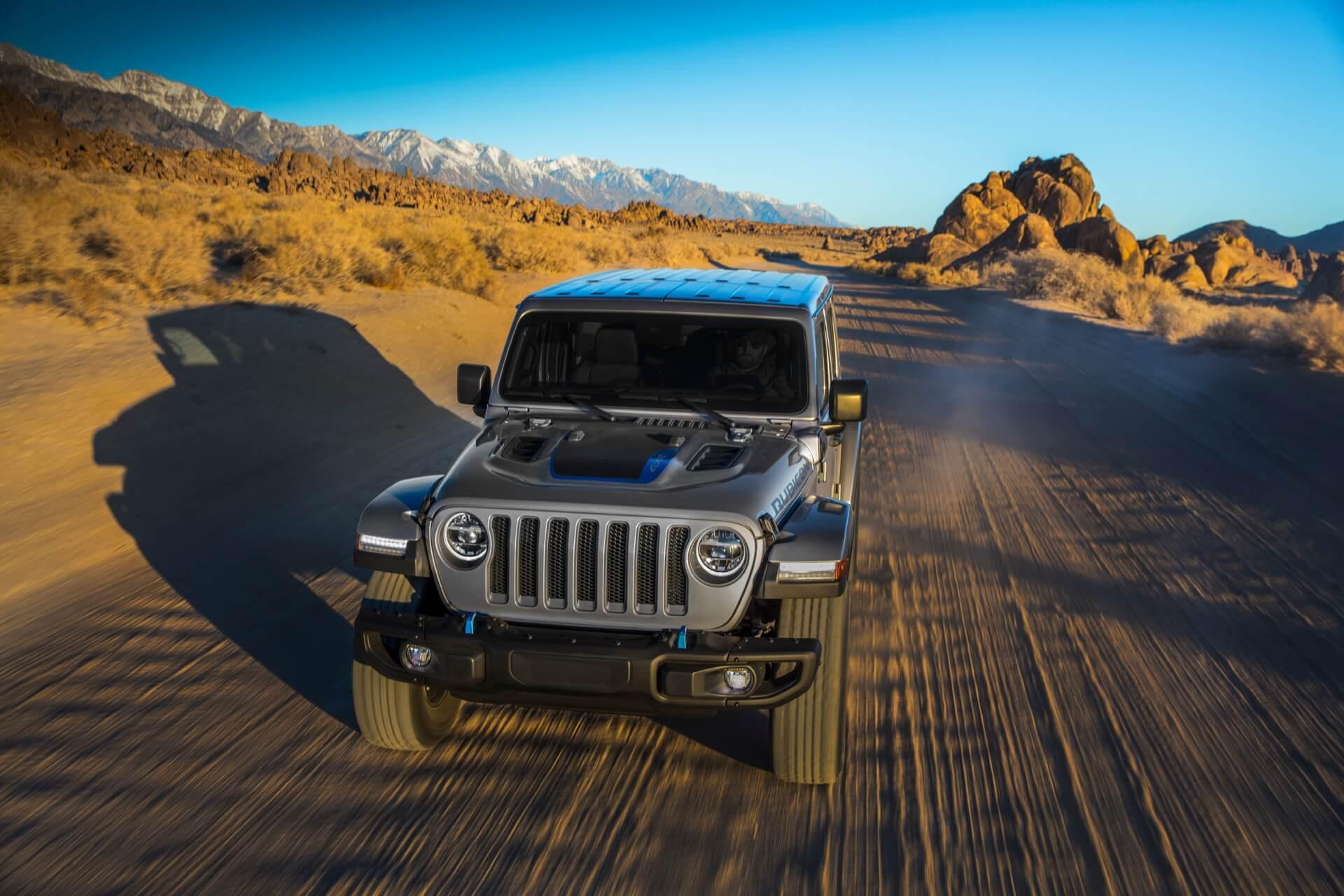 Фотография экоавто Jeep Wrangler 4xe - фото 16