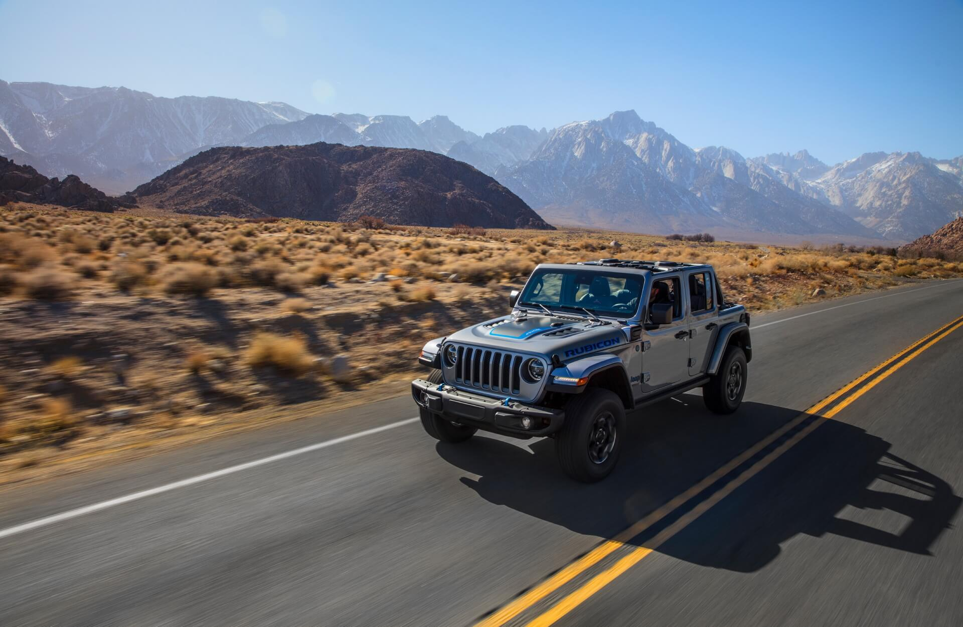Фотография экоавто Jeep Wrangler 4xe - фото 14