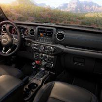 Фотография экоавто Jeep Wrangler 4xe - фото 24