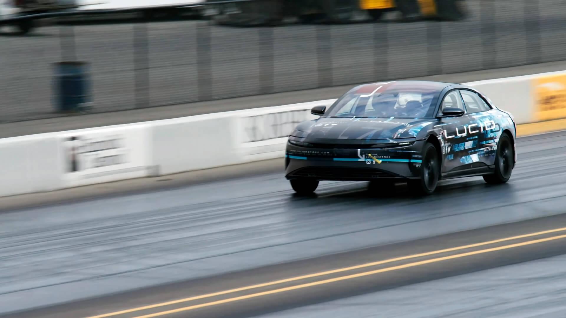 Lucid Air победил Tesla Model S в драг-рейсинге