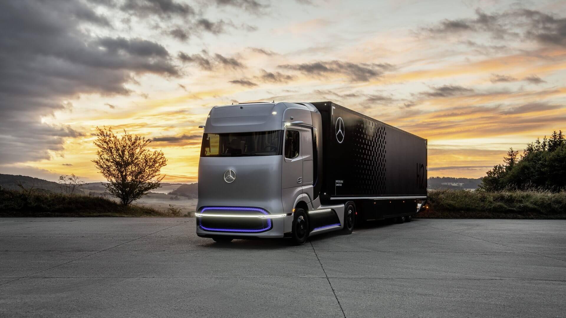 Концептуальный водородный грузовик Mercedes-Benz GenH2 Truck