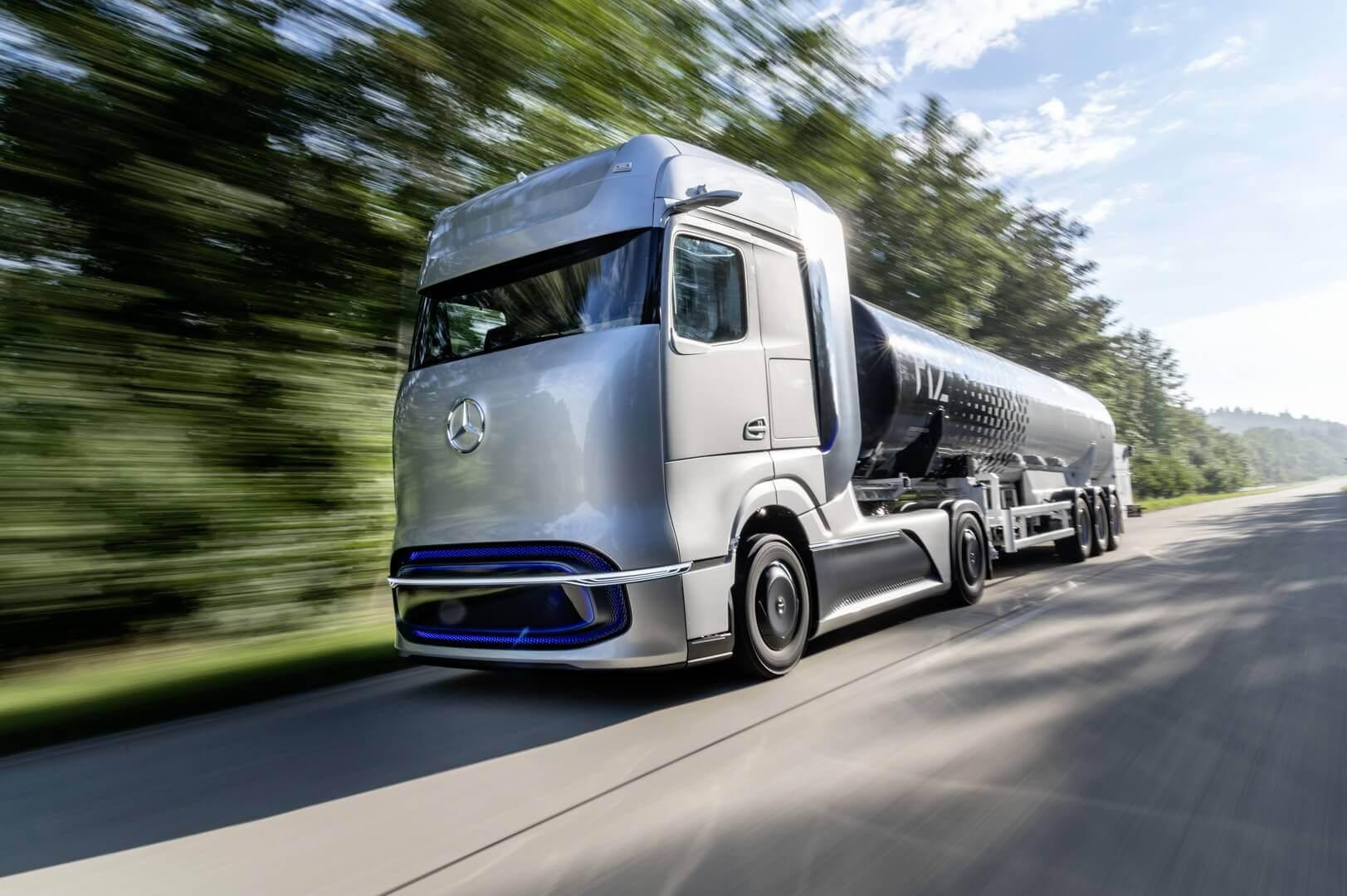 Водородный грузовик Mercedes-Benz GenH2 Truck