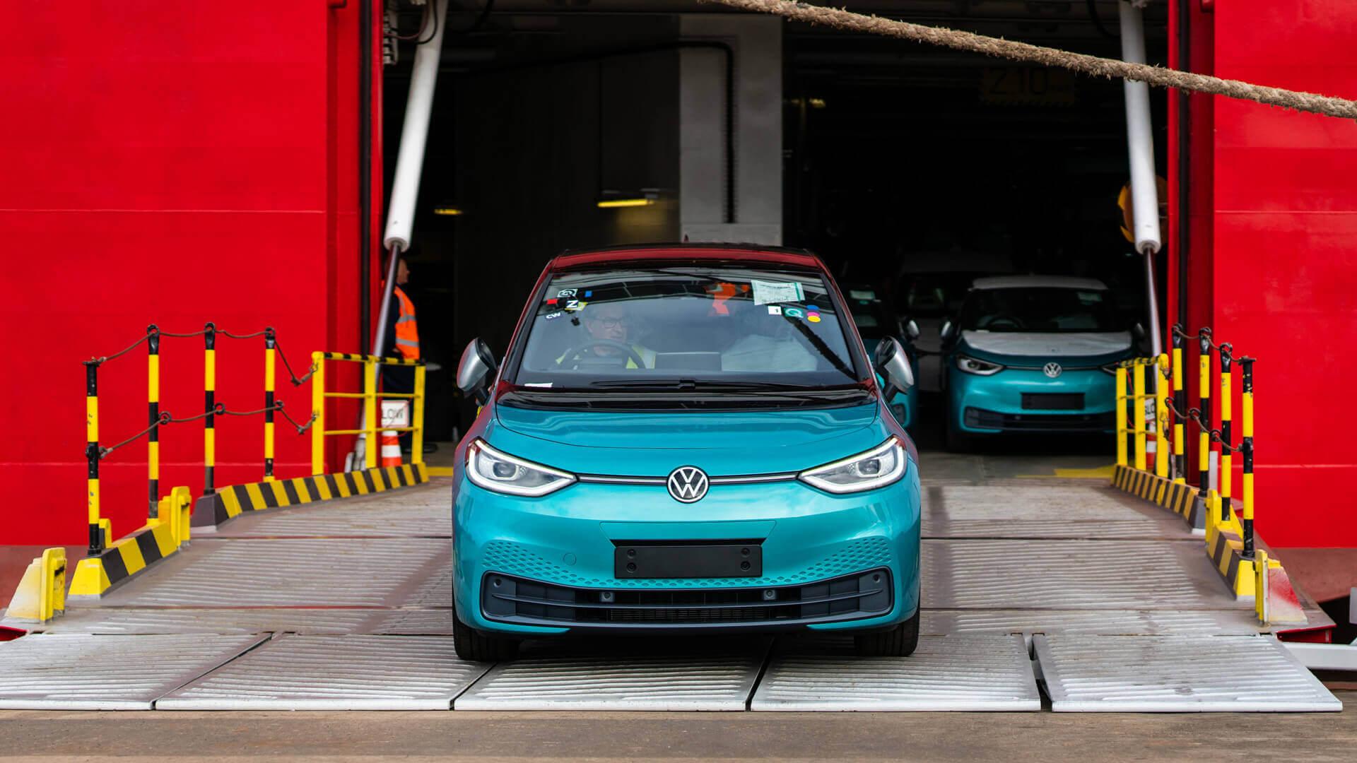 Великобритания встречает первые поставки Volkswagen ID.3
