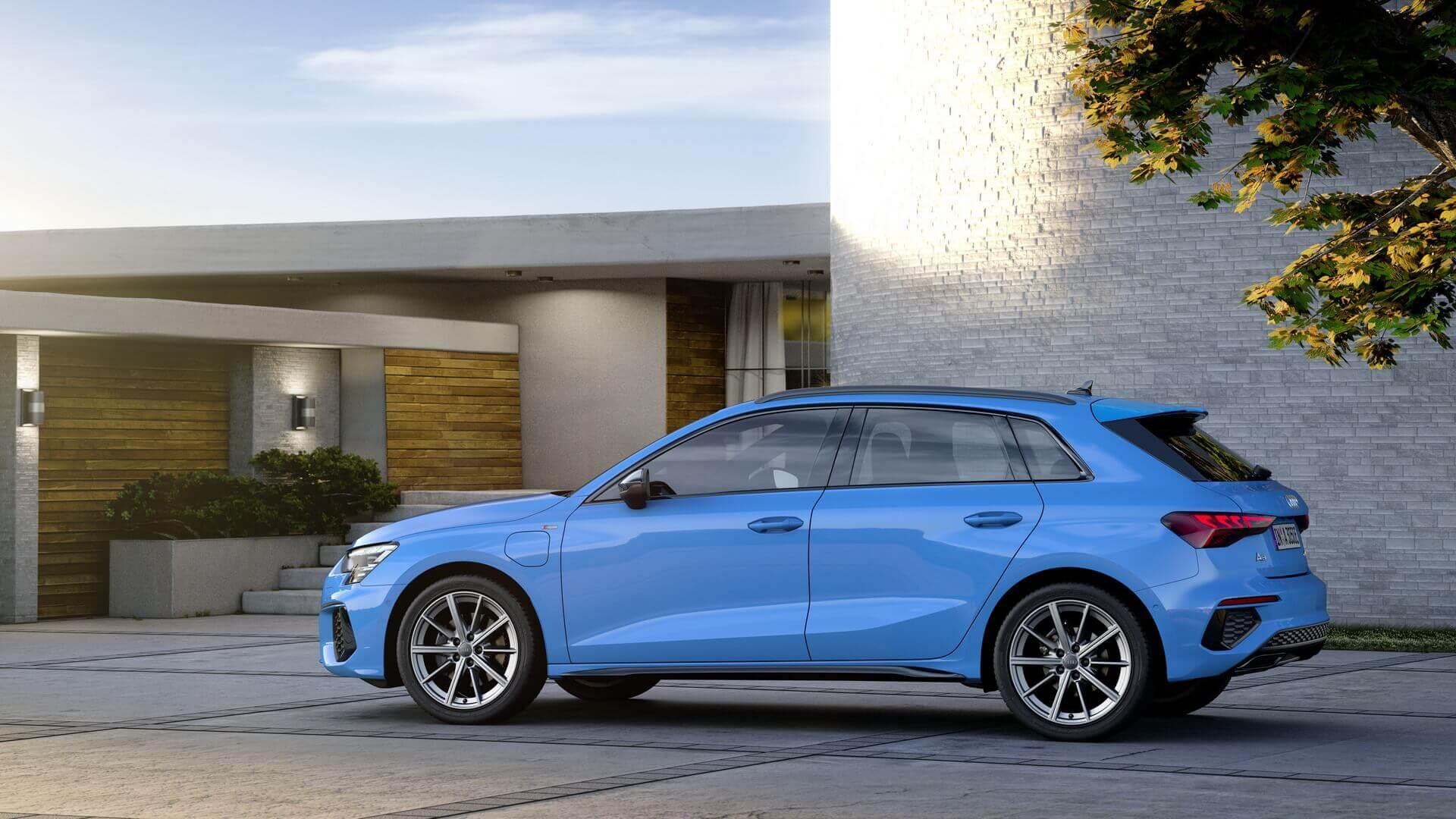 Audi A3 Sportback получила новую плагин-гибридную версию 40 TFSI e