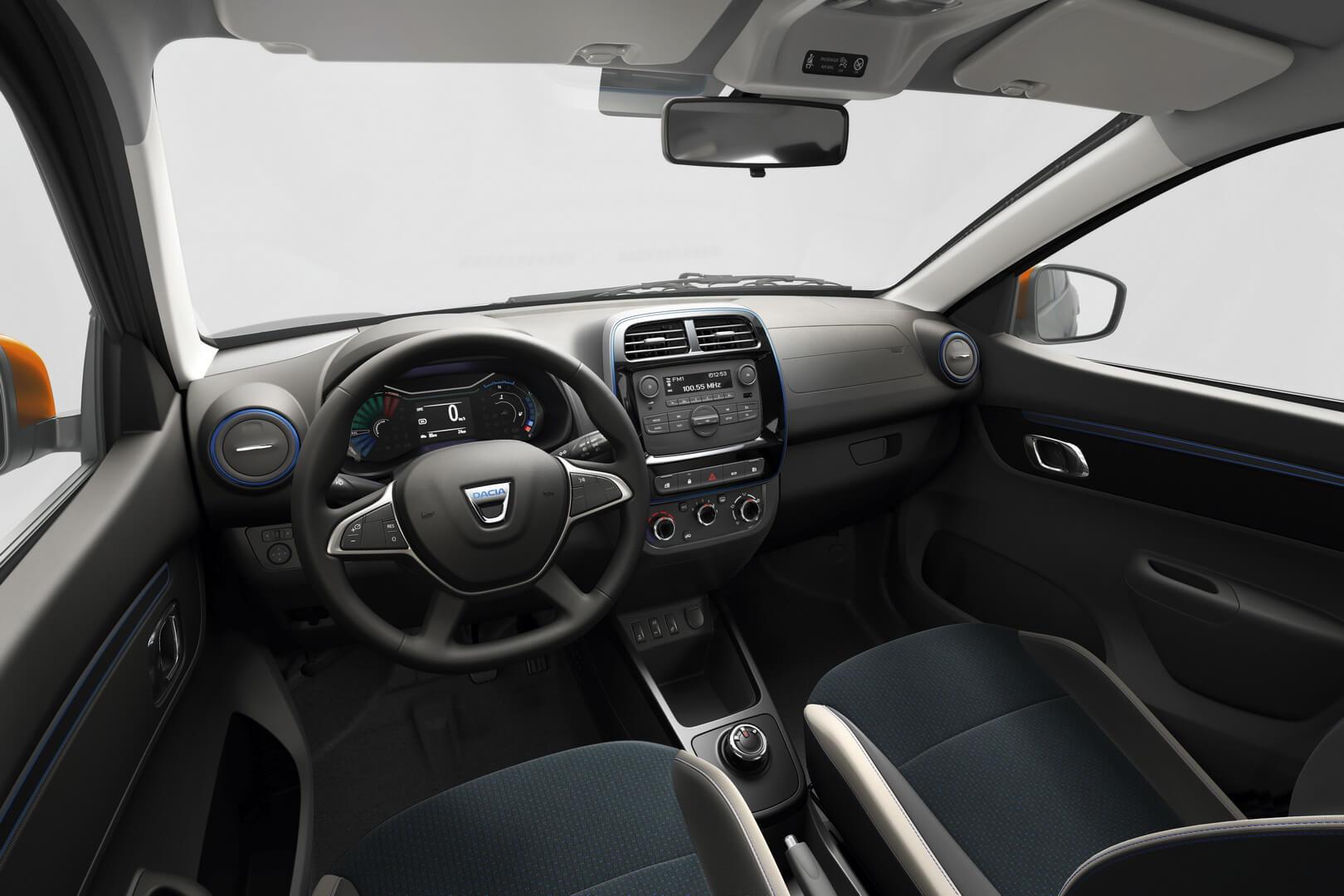 Интерьер салона Dacia Spring Electric в комплектации Comfort