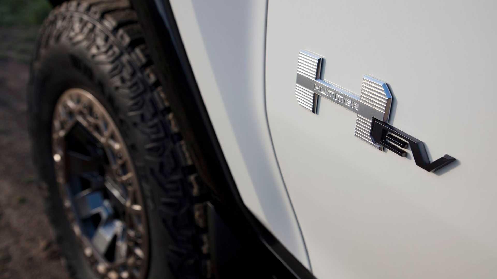 Фотография экоавто Пикап GMC Hummer EV² - фото 10