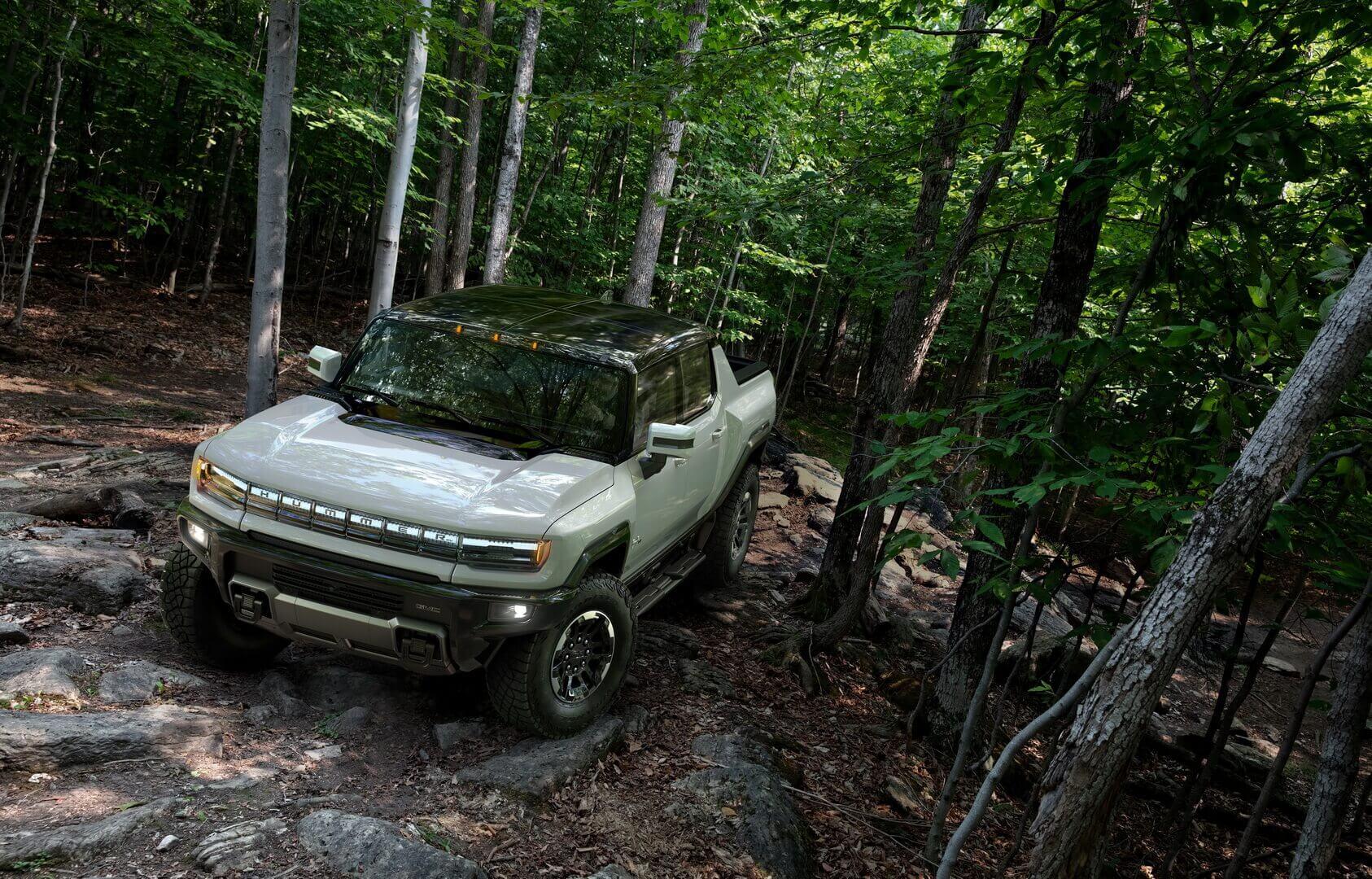 Фотография экоавто Пикап GMC Hummer EV² - фото 35