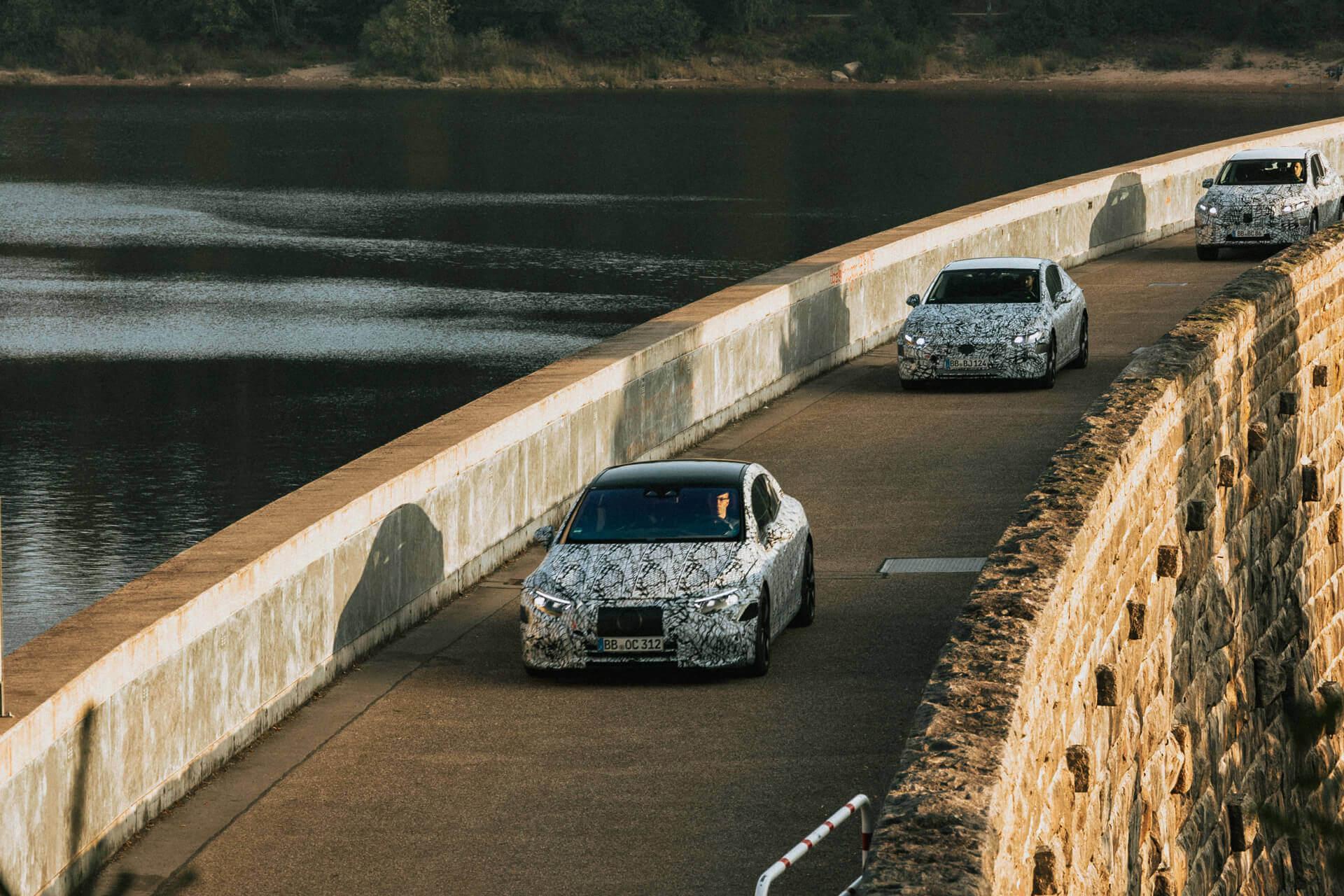 Mercedes-Benz объявляет о выпуске шести новых электромобилей серии EQ