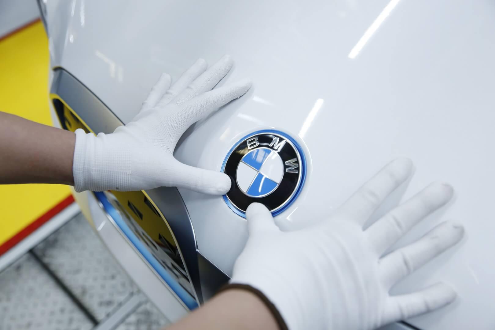В Китае стартовало производство полностью электрического BMW iX3
