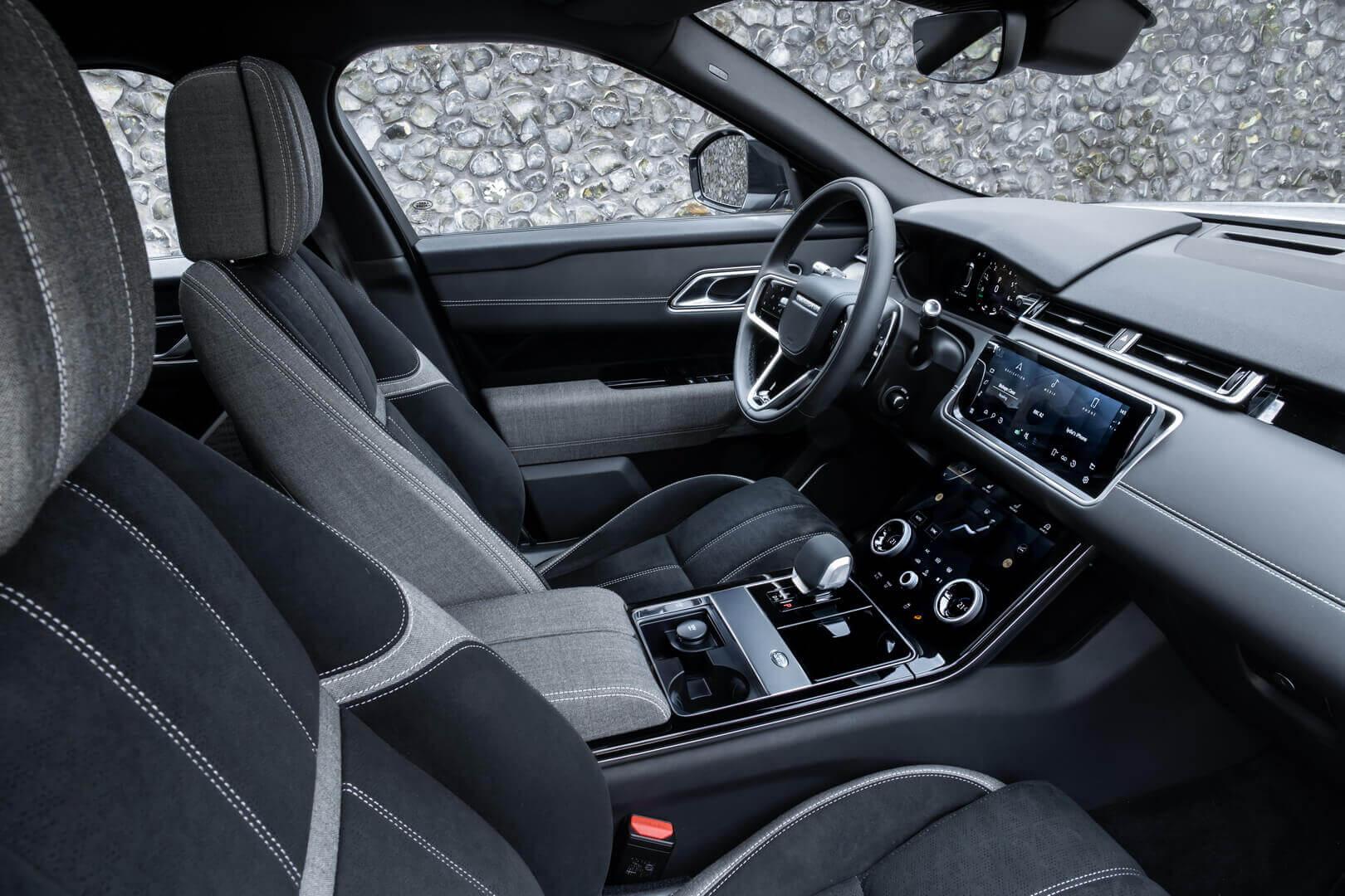 Салон Range Rover Velar P400e