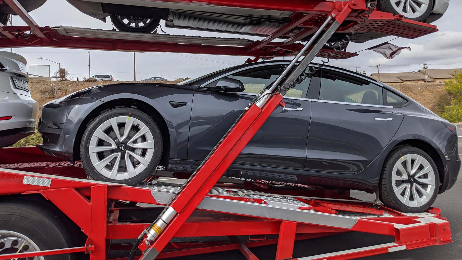 Так выглядят новые диски Tesla Model 3 2021 года