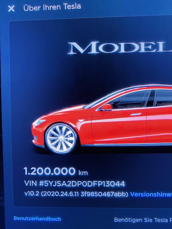 Tesla Model S проехала уже 1,2 млн км