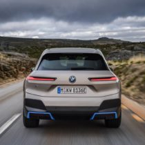 Фотография экоавто BMW iX - фото 14