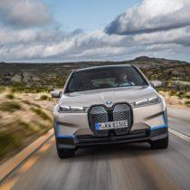 Фотография экоавто BMW iX - фото 13