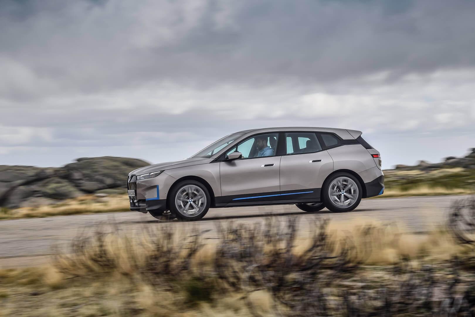 Фотография экоавто BMW iX - фото 9