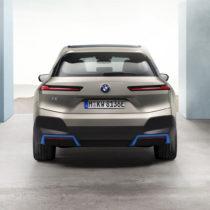 Фотография экоавто BMW iX - фото 11