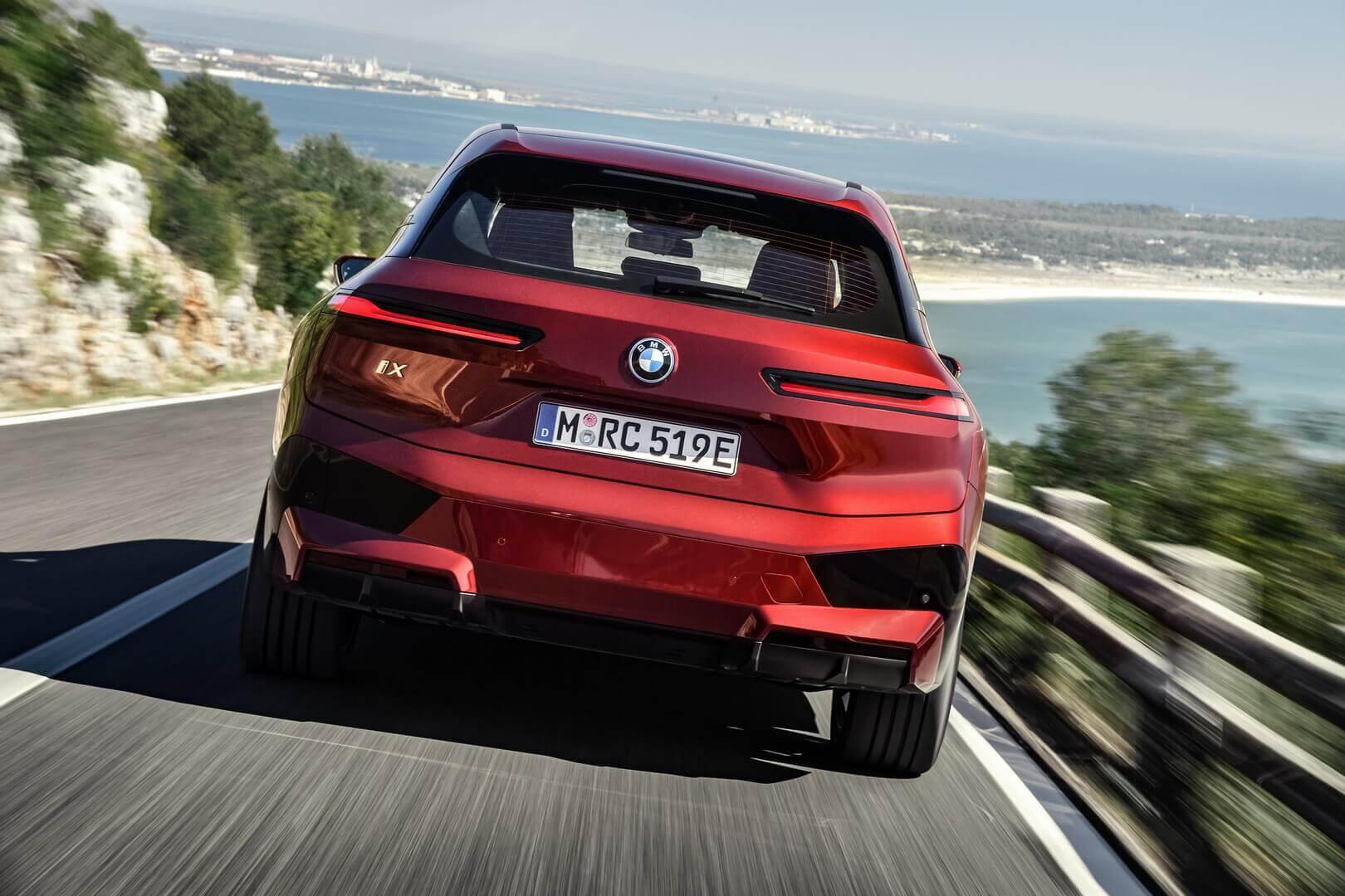 Фотография экоавто BMW iX - фото 31