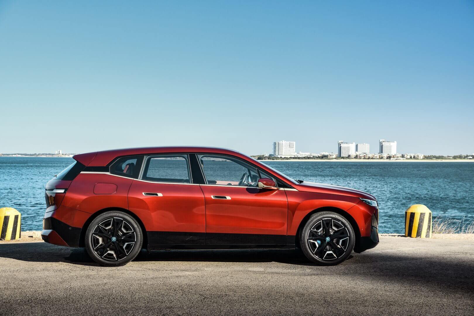 Фотография экоавто BMW iX - фото 39