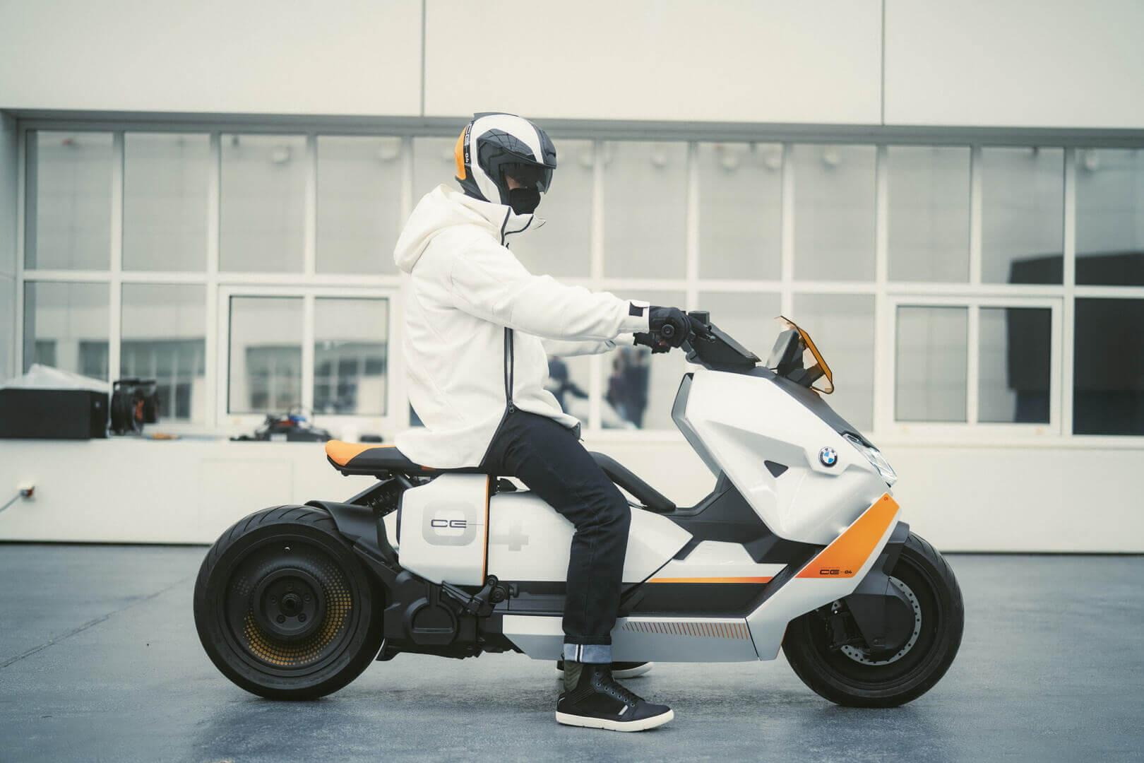 BMW представляет концепт электрического скутера Motorrad Definition CE 04