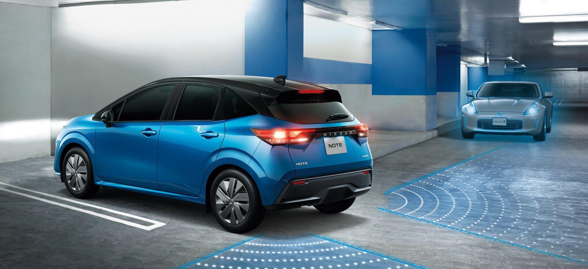 Новый Note 2021 года поставляется сшироким выбором вспомогательного оборудования для водителя