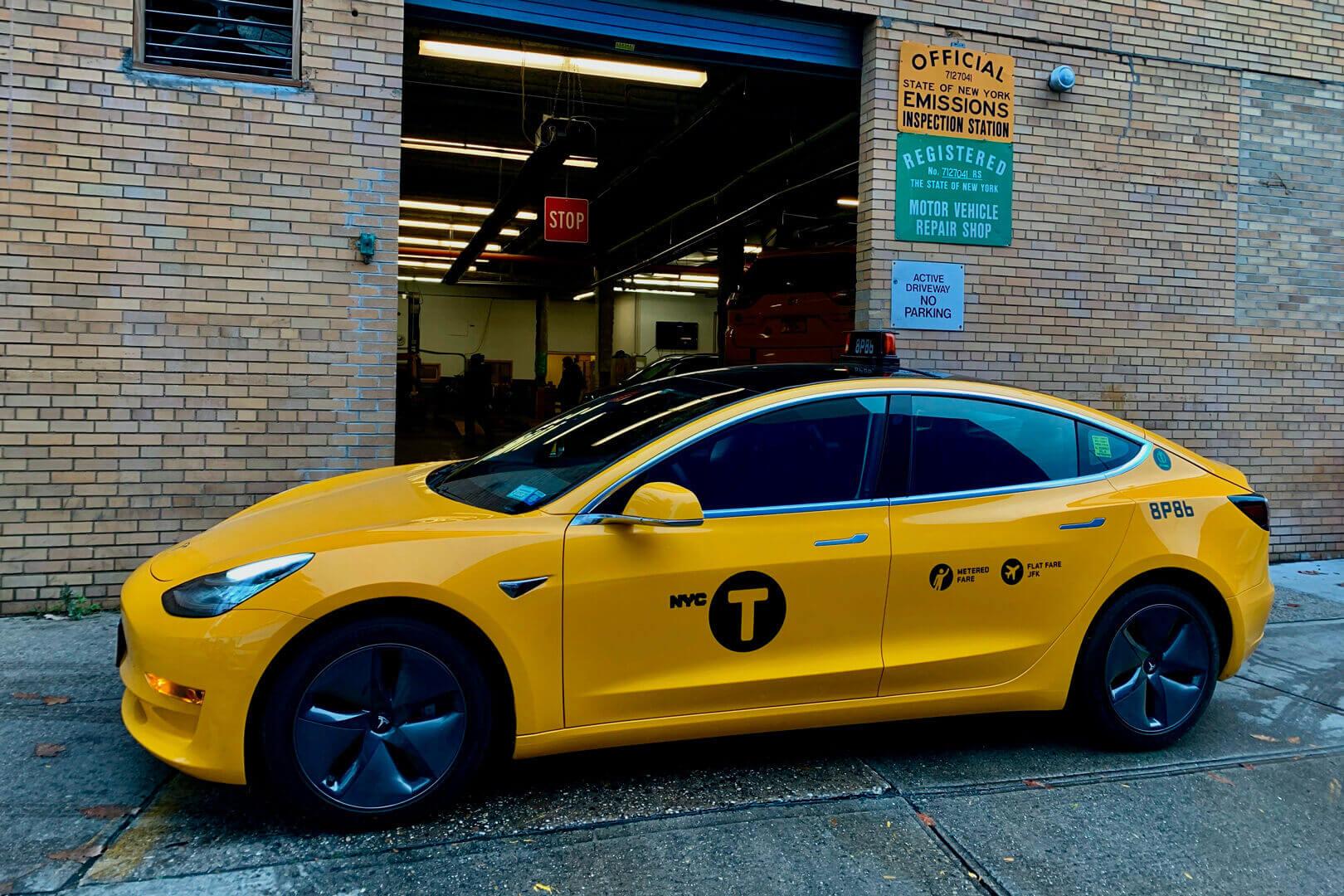 Tesla Model 3 в автопарке такси Нью-Йорка