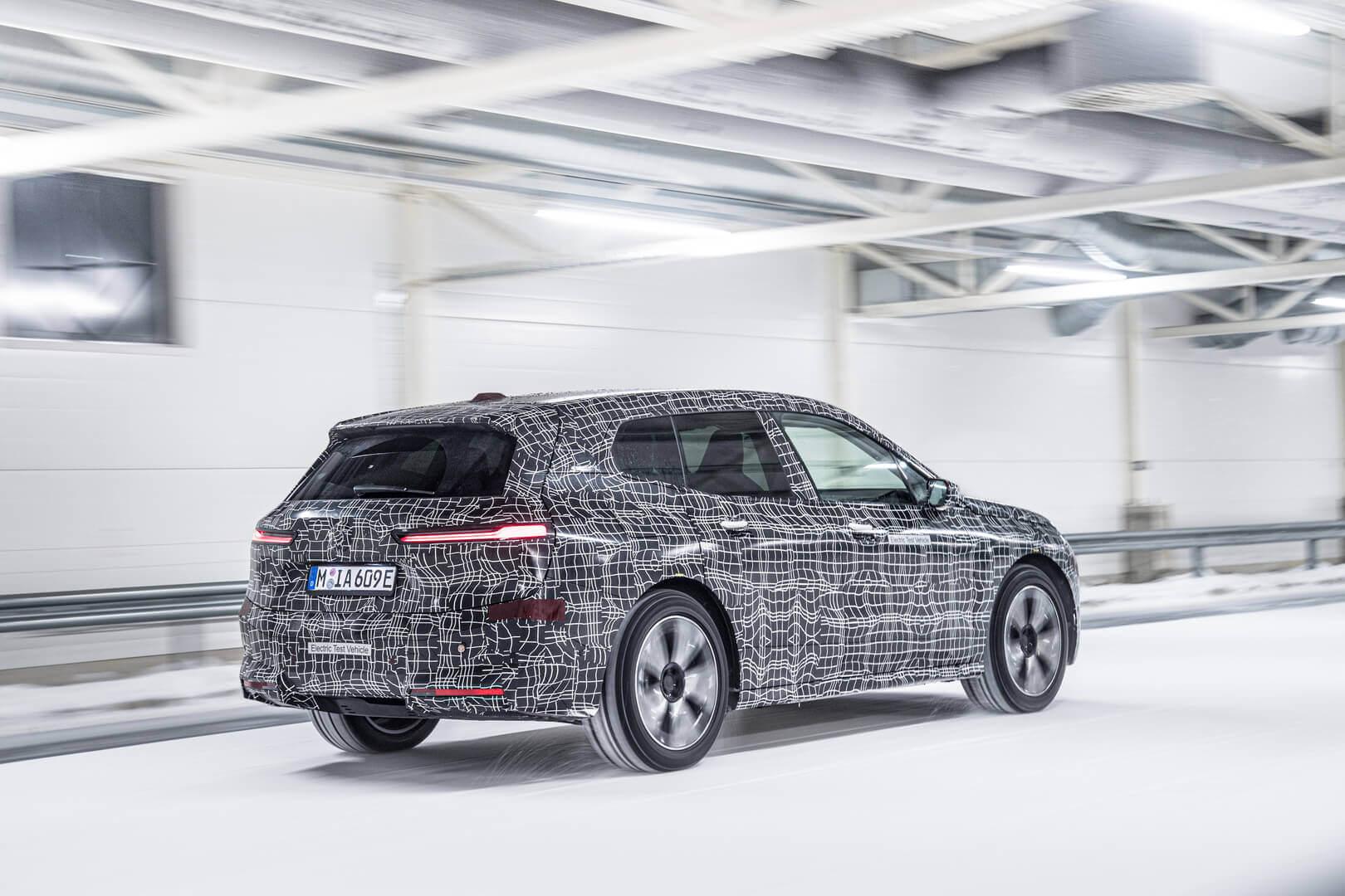 BMW проводит зимние испытания электромобиля iX в экстремальных погодных условиях за Полярным кругом