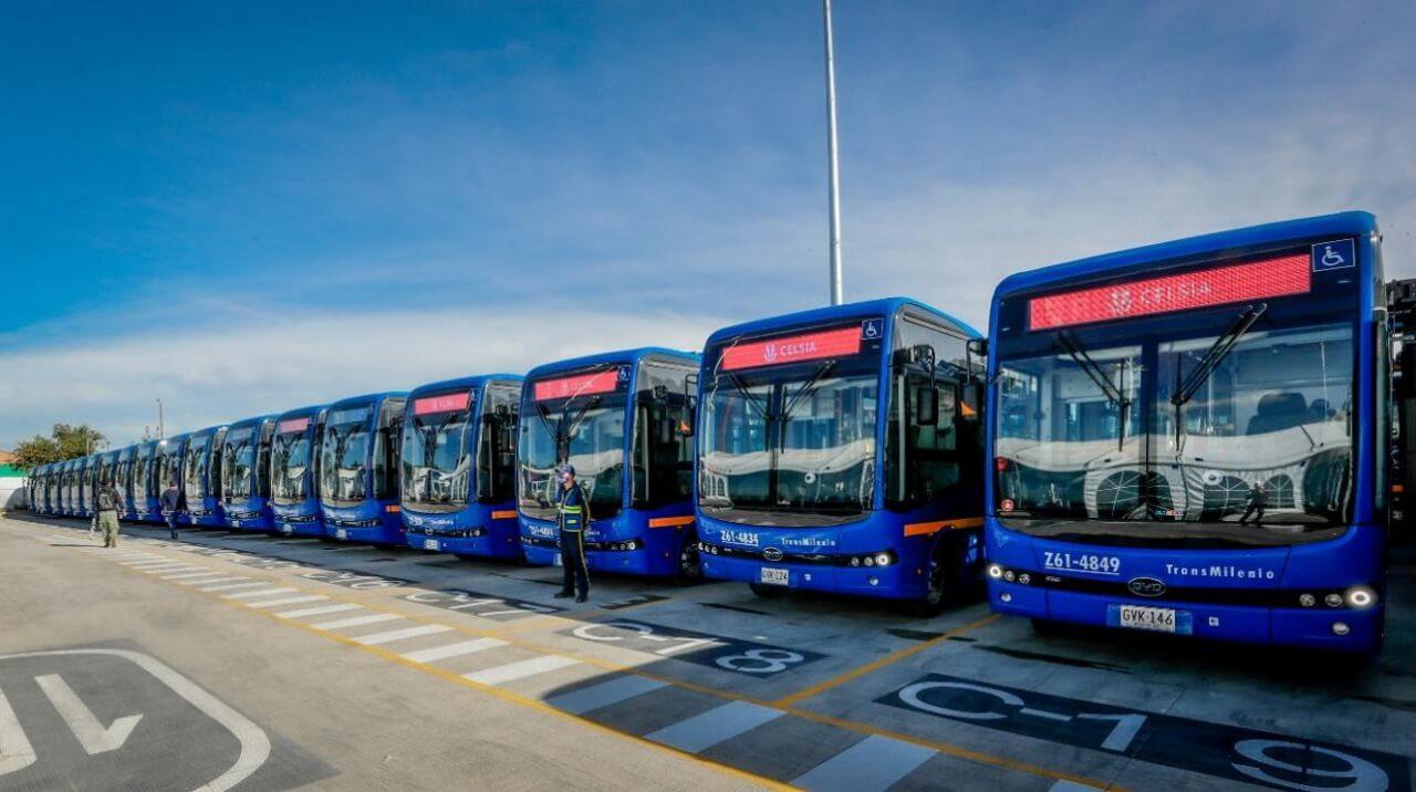 BYD поставил первые 120 электробусов из 470 единиц заказа в Боготу (Колумбия)