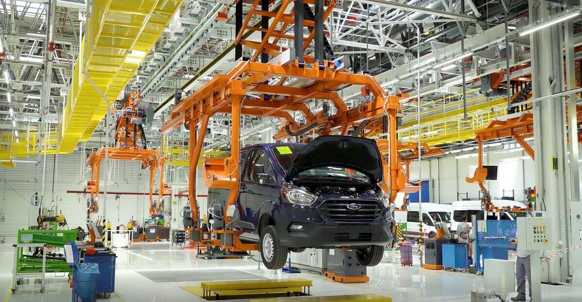 Производство плагин-гибридного фургона Ford Custom PHEV