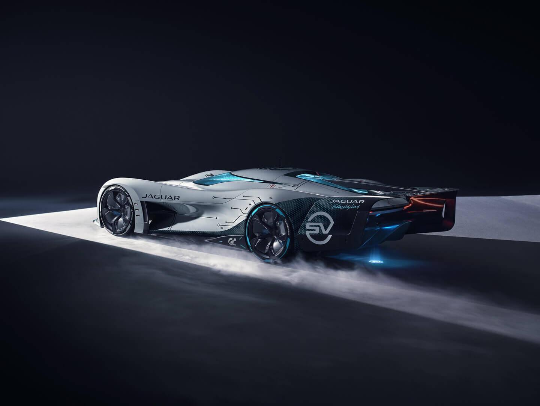 Электрический виртуальный автомобиль для гонок — Jaguar Vision Gran Turismo SV