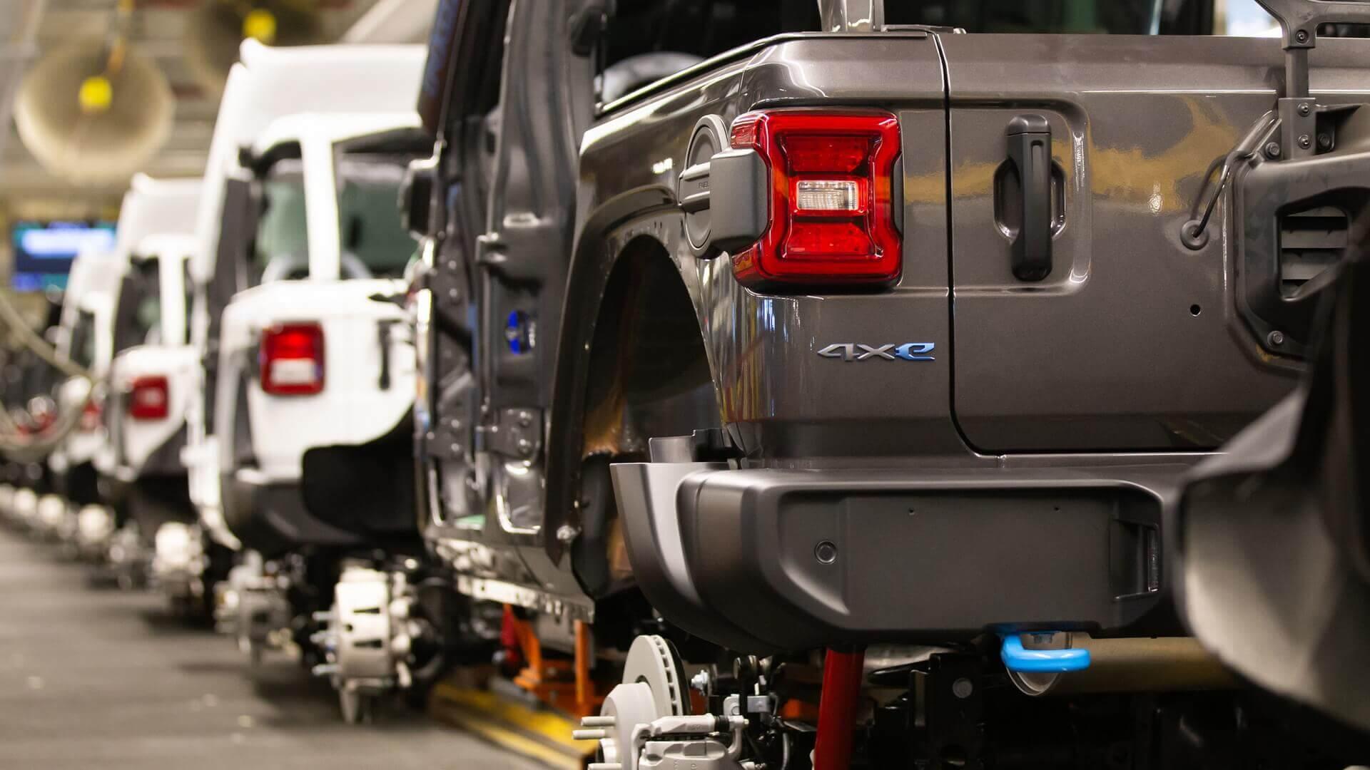 Стартовало производство плагин-гибридного внедорожника Jeep Wrangler