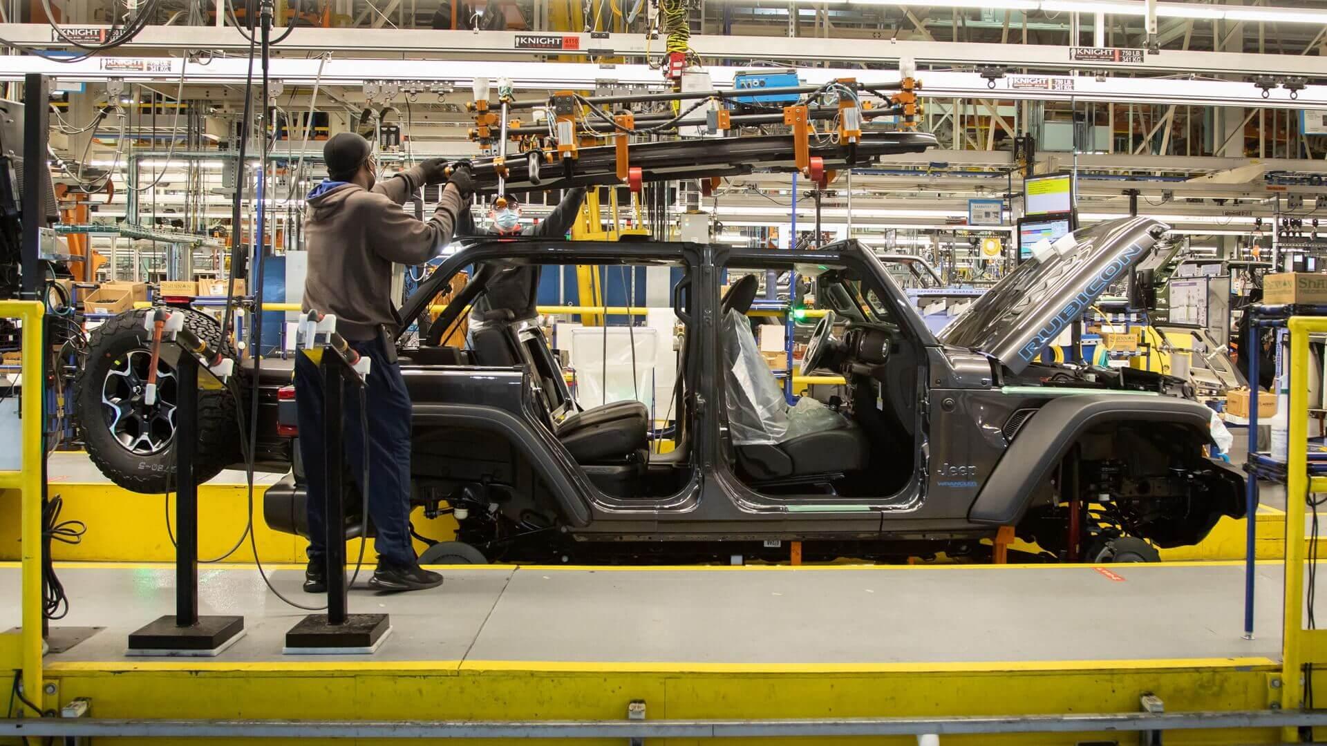 Jeep начал выпуск плагин-гибридного Wrangler 4xe в США