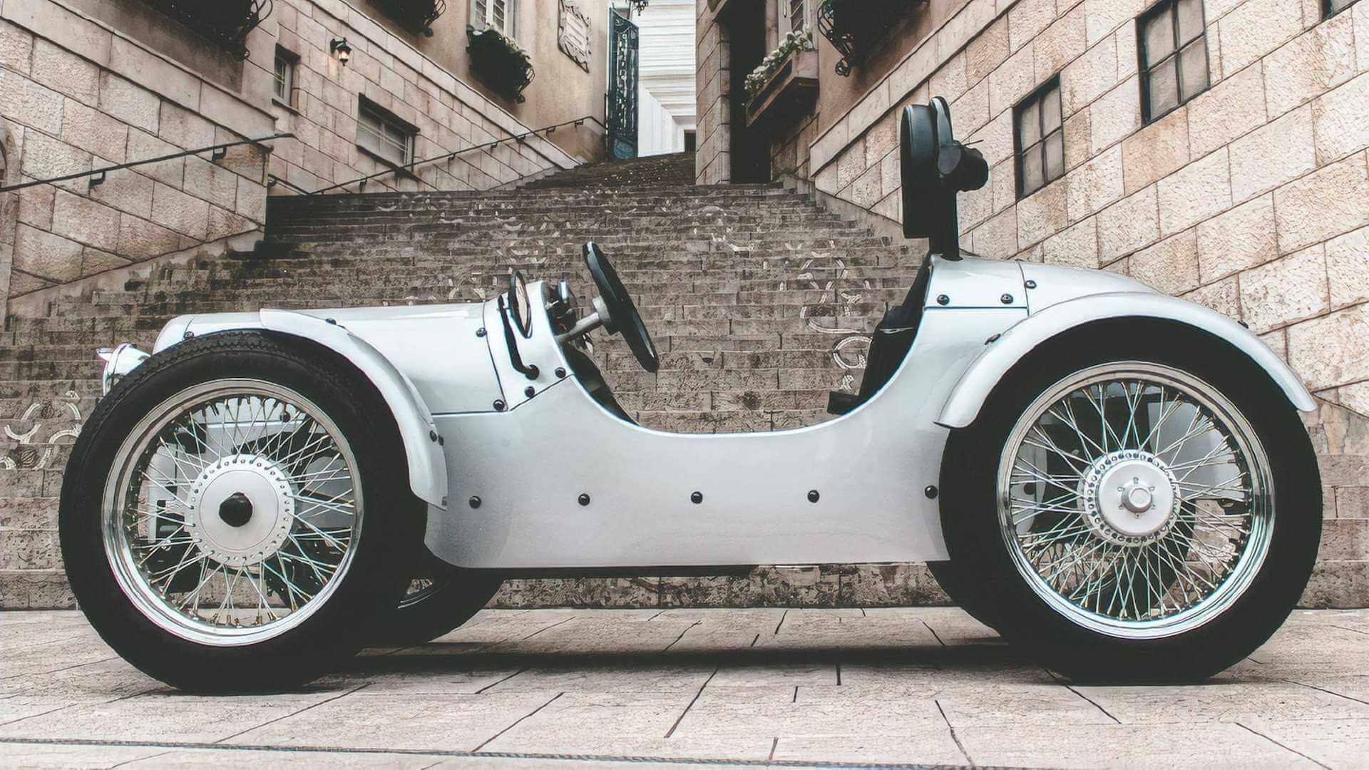 Blaze EV Classic: электрический микрокар в духе британской классики