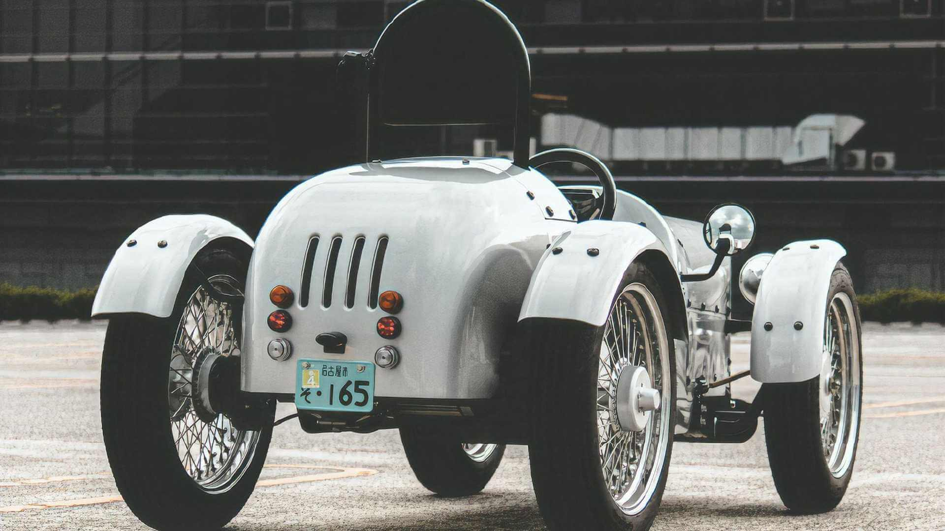 Blaze EVClassic: одноместный электромобиль встиле ретрофутуризма