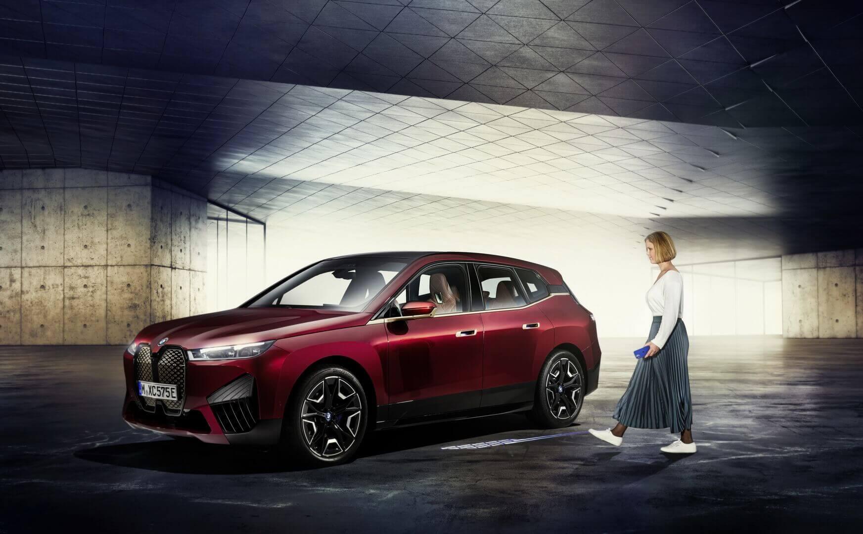 BMW Digital Key Plus предложит клиентам электрического iX безопасную систему бесключевого доступа