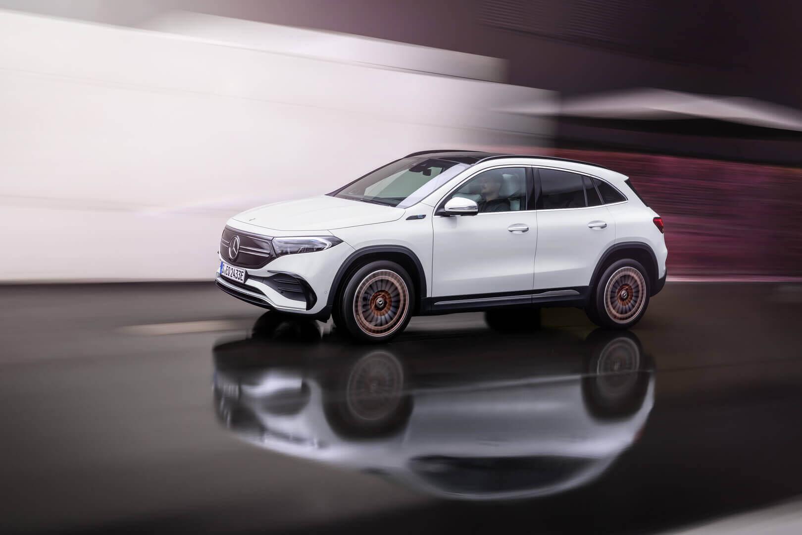 Mercedes-Benz представил компактный электрический кроссовер EQA