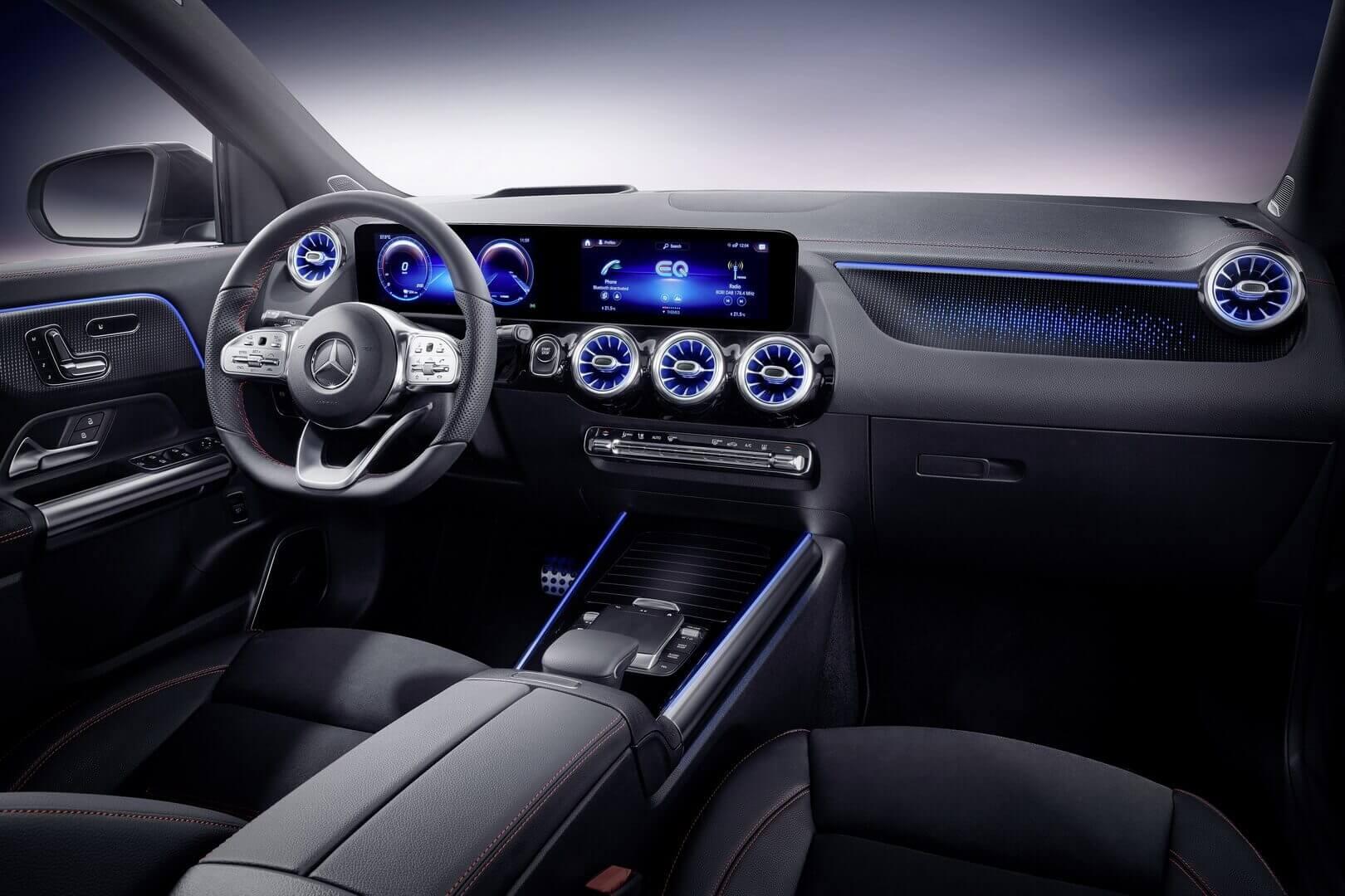 Интерьер Mercedes-Benz EQA