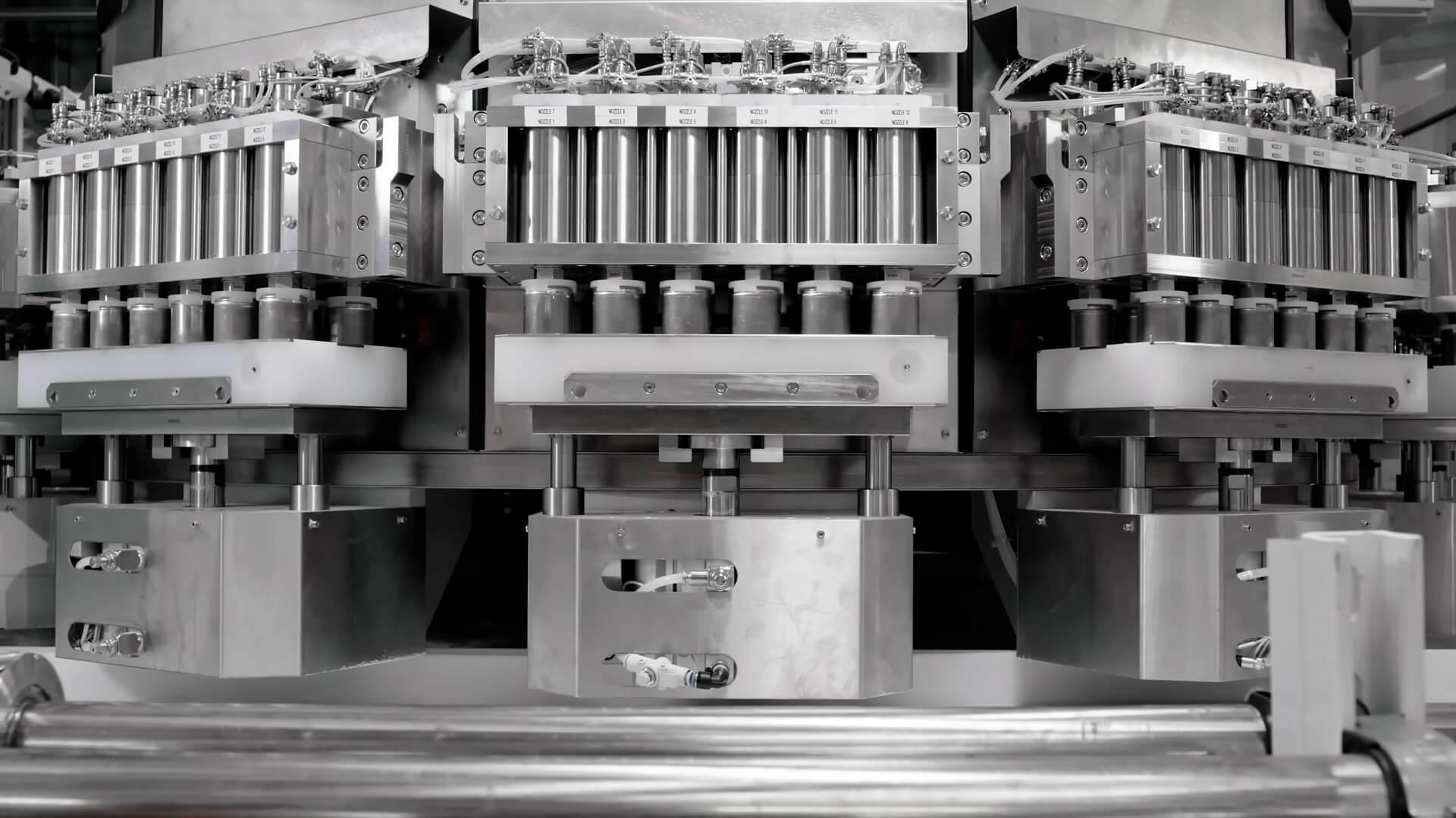 Tesla демонстрирует линии по производству аккумуляторных батарей
