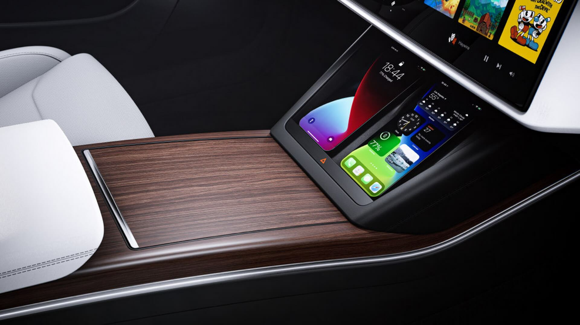 Подставка для беспроводной зарядки телефонов в Model S 2021 года