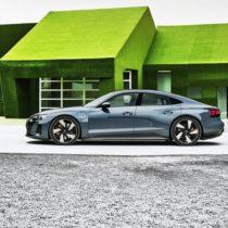 Фотография экоавто Audi e-tron GT
