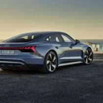 Фотография экоавто Audi e-tron GT - фото 11