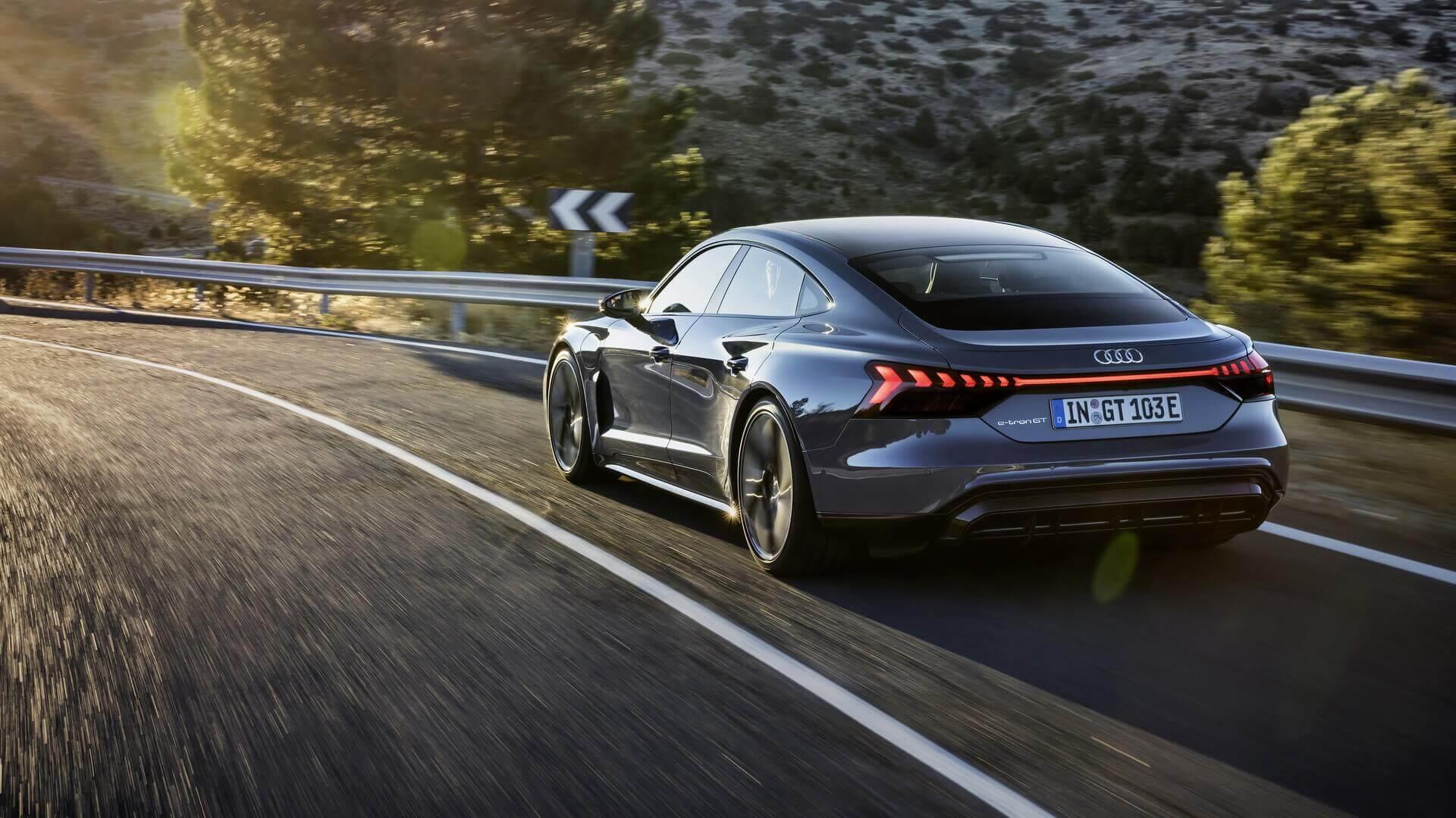Фотография экоавто Audi e-tron GT - фото 15